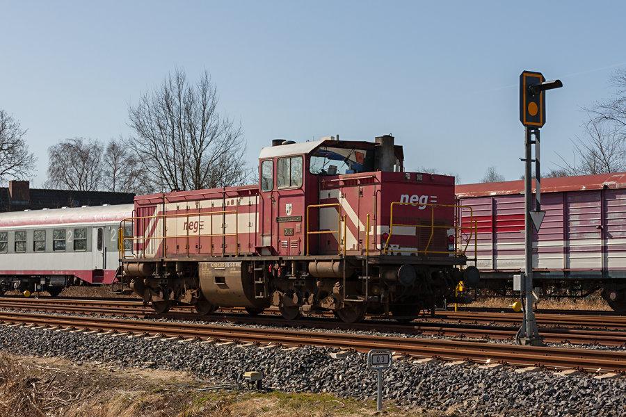 neg DL 2 (209 101) abgestellt im Bahnhof Niebüll (neg).