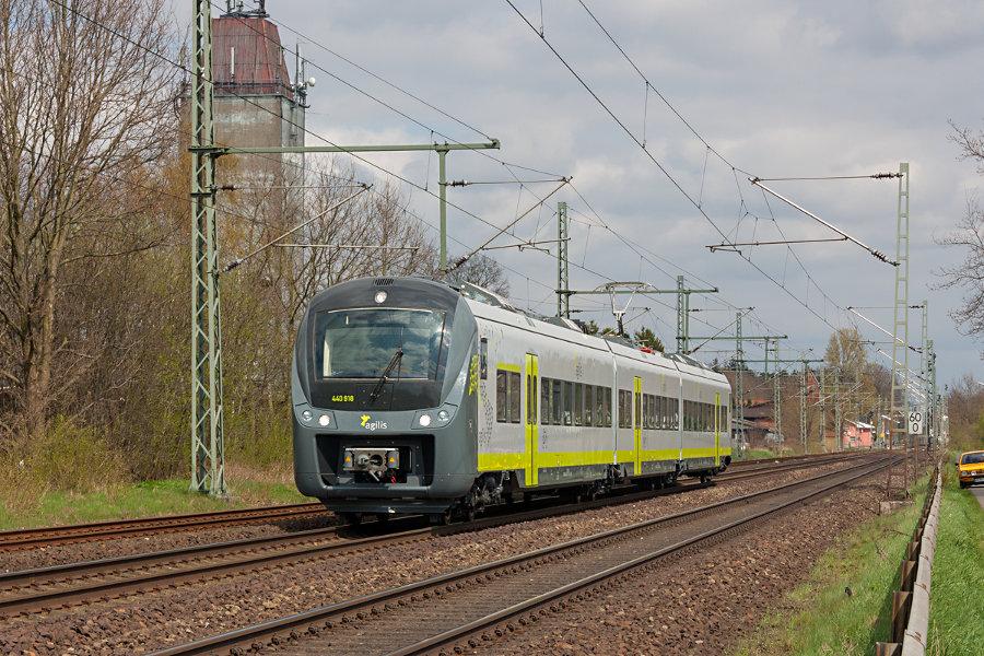 agilis 440 418 durchfährt auf einer Testfahrt den Bahnhof Brokstedt.