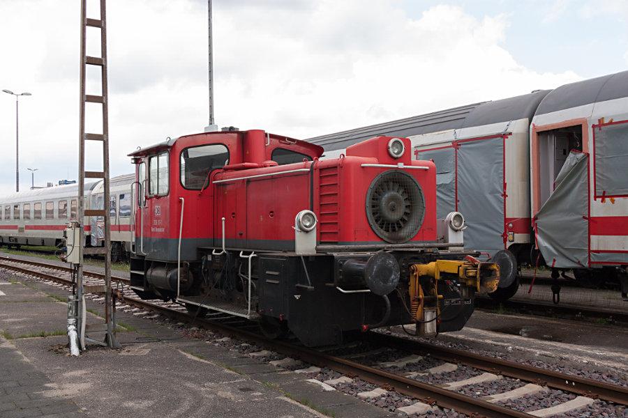 335 111 bei der 150 Jahr Feier Ausbesserungswerk Neumünster.