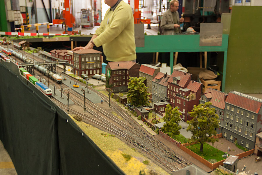 Modellbahnanlage des Bahnhofs Elmshorn bei der 150 Jahr Feier Ausbesserungswerk Neumünster.