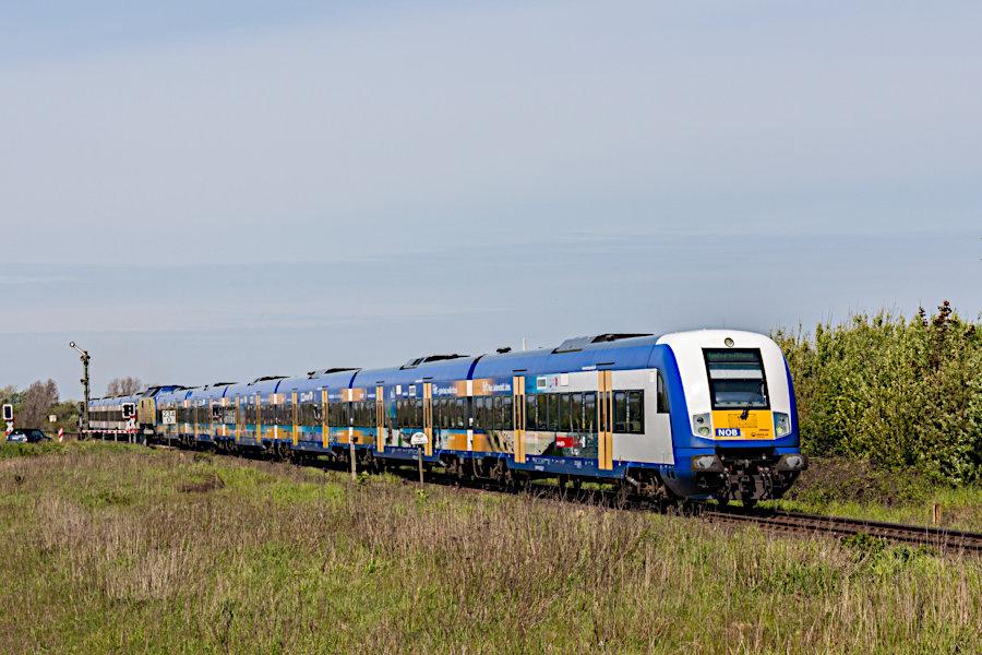NOB 81759 kurz vor der Einfahrt in den Bahnhof Keitum.