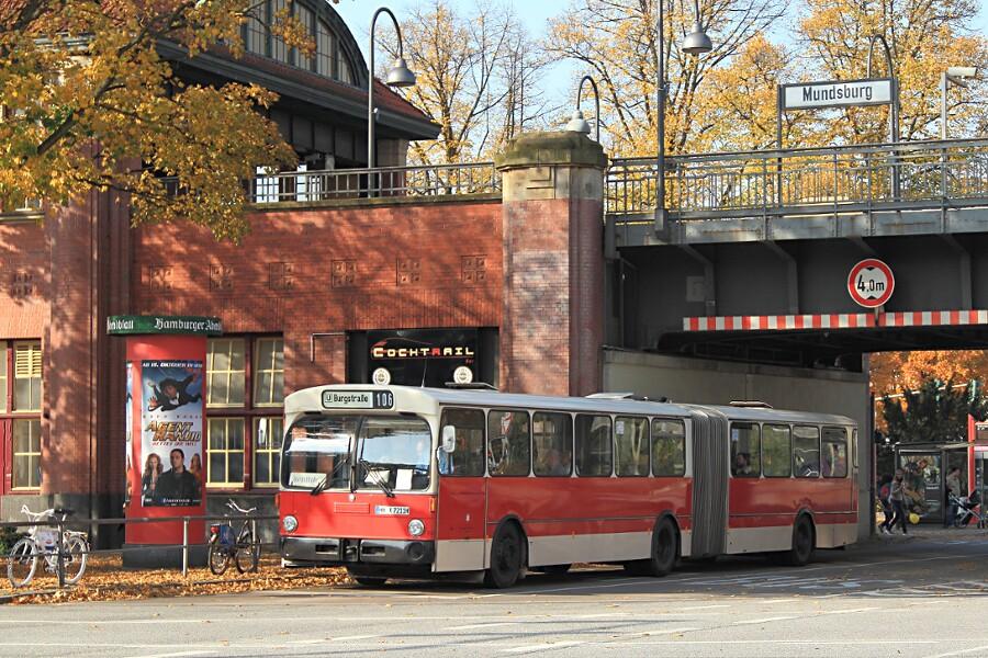 HOV 7211 am U-Bahnhof Mundsburg beim 12. VHT.