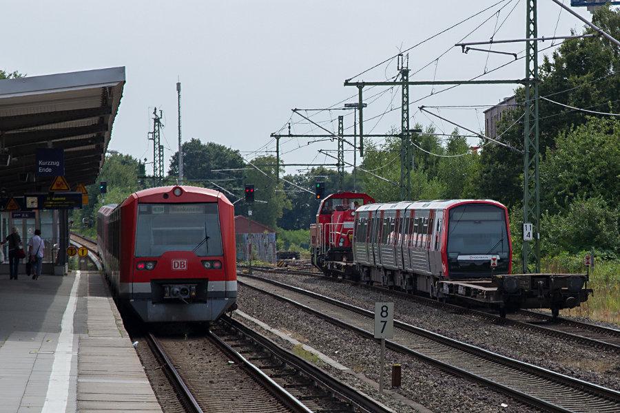 261 077 mit DT 5 311 im Schlepp und der Zug auf der S1 im Hp Alte Wöhr.