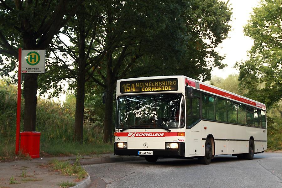 HOV 6502 an der Haltestelle Kornweide.