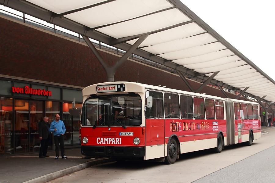 HOV 7211 als Shuttle zum Stadtpark-Revival auf der Omnibusanlage U/S Barmbek (Wiesendamm).