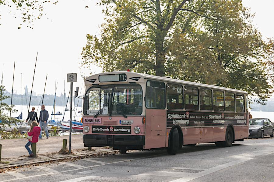 HOV 6416 an der Haltestelle Alte Rabenstaße.