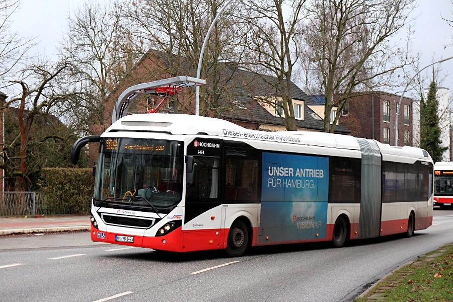 HHA 7474 auf der Linie 109 an der Haltestelle U Alsterdorf.