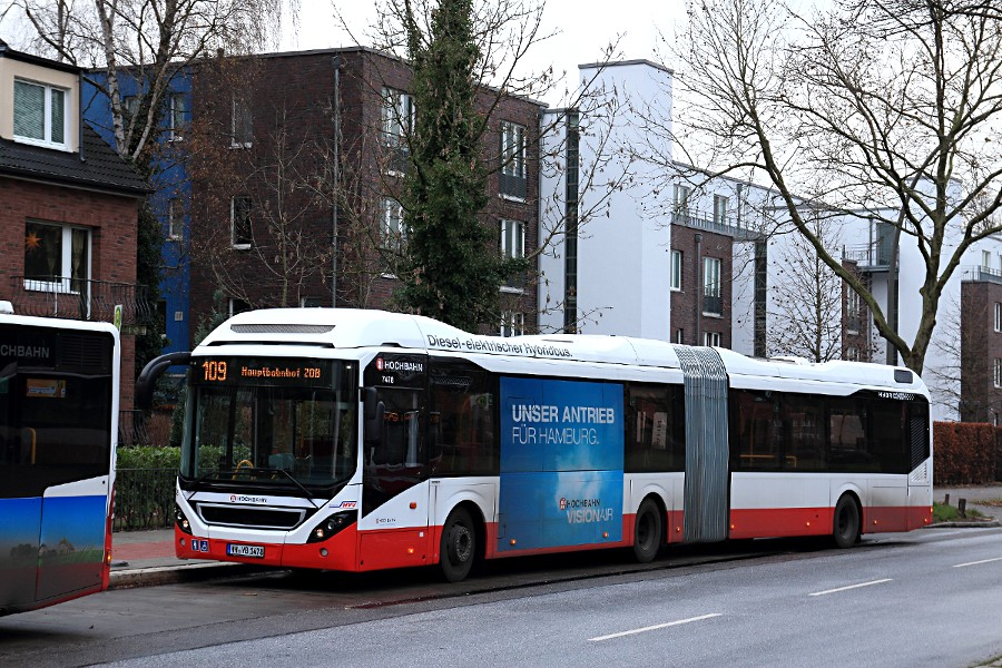 HHA 7478 auf der Linie 109 an der Haltestelle U Alsterdorf.
