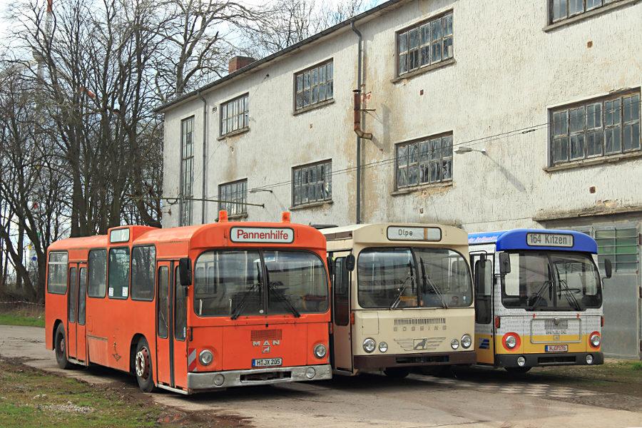 Ex Hartmann Pannenhilfe, Büssing und ex Vestische 2114 im Hannoverschen Straßenbahn-Museum Wehmingen..