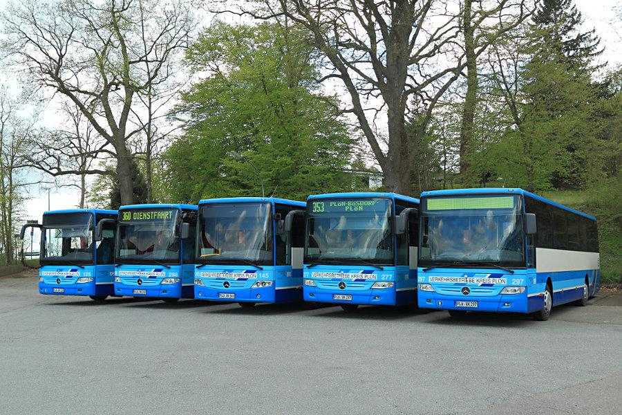 VKP 125, 288, 145, 277 und 297 auf dem Betriebshof Plön.