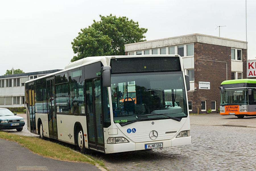 Hartmann 186 beim Betriebshof Alter Flughafen.