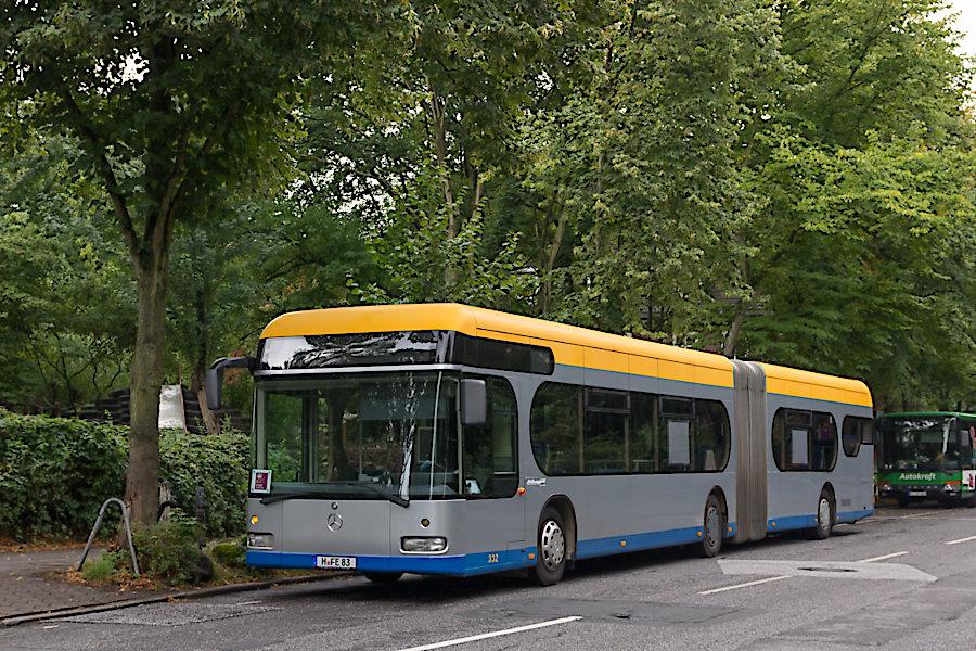 Enders 72 auf einem S1-SEV an der SEV-Überliegestelle am Bahnhof Hasselbrook.