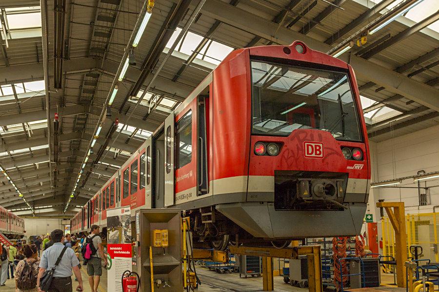 474/874-Einheit 4136 während des Tags der offenen Tür 2017 im Instandhaltungswerk S-Bahn Hamburg.