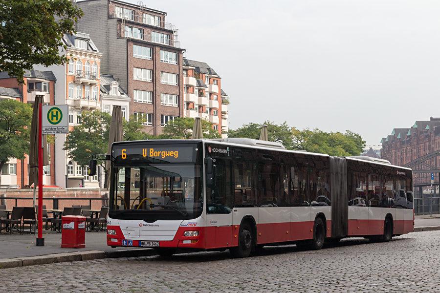 HHA 7462 am Überliegebereich der Haltestelle Auf dem Sande (Speicherstadt).