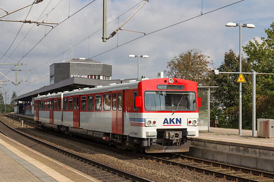 AKN VTA 2.54 im Bahnhof Neumünster.