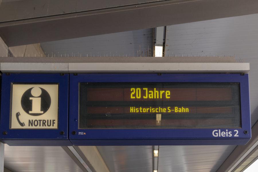 Anzeiger zum 20-jährigen Jubiläum des Vereins Historischen S-Bahn Hamburg e.V. (HiSH).